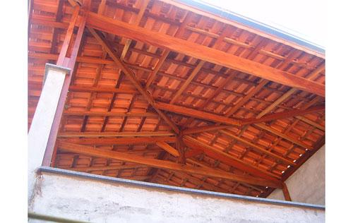 Telhados e coberturas na Vila Guarani